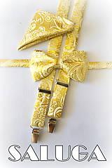 Doplnky - Pánsky zlatý svadobný set - motýlik traky a vreckovka - 8322518_