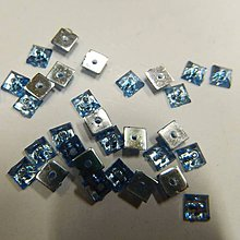 Iný materiál - Našívacie kamienky štvorcové svetlomodré jednodierkové 4x4 - 8323358_