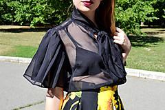 Topy - Transparentný čierny organzový top s maximalistickými rukávmi - zľava  - 8321532_