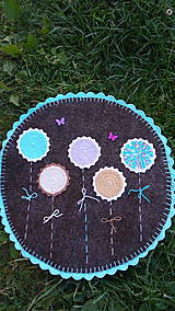 Úžitkový textil - Nebeská krása - koberček z ovčieho rúna/súkna - Ihneď k odberu - 8325462_