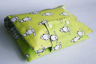 Detské doplnky - Obal na plienky zelený s ovečkami - 8324435_