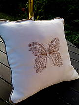 Úžitkový textil - Ľanový vankúš...Butterfly... - 8326463_