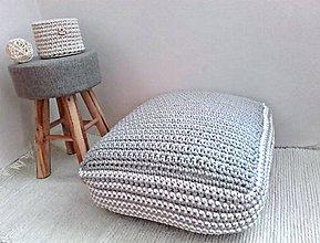 Úžitkový textil - Háčkovaný PUF Nordic Day - 8325625_