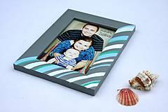 Rámiky - Fotorámik  farby mora v obývačke - 8324825_