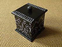 Originální romantická krabička černá+lila