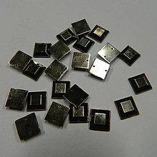Iný materiál - Našívacie kamienky štvorce kovové(farby ocele) 10mm - 8329814_