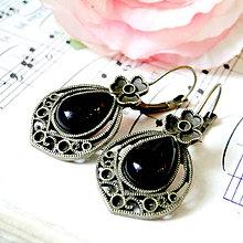 Náušnice - Vintage Teardrop with Ornaments Earrings / Bronzové náušnice v tvare slzy /0559 (Black Agate / Čierny achát) - 8332454_