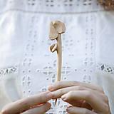 Ozdoby do vlasov - Lístok jabĺčkový - drevená ihlica do vlasov - 8333543_