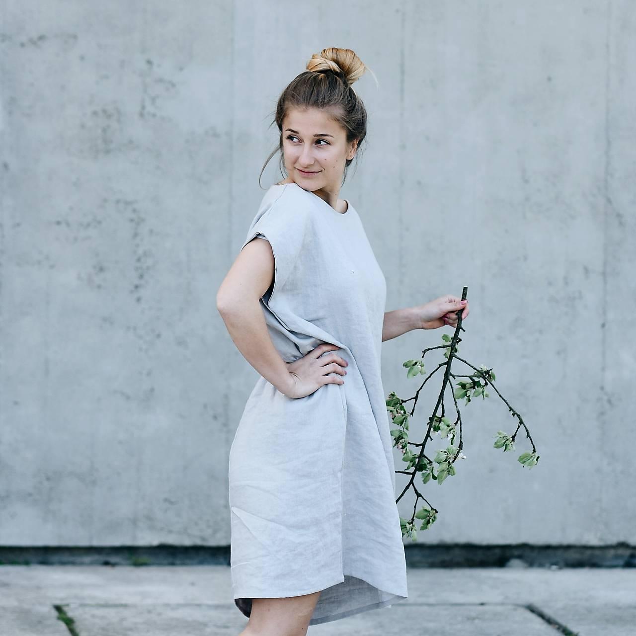Dámske oversized ľanové šaty bez rukávu