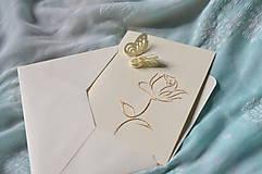 Papiernictvo - Pohľadnica - ruža s motýľom - 8333304_