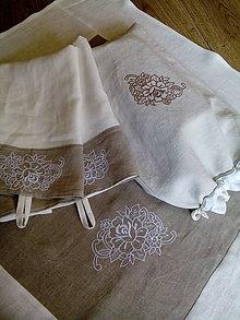 Úžitkový textil - Ľanový obrus dvojfarebný s výšivkou - 8338076_