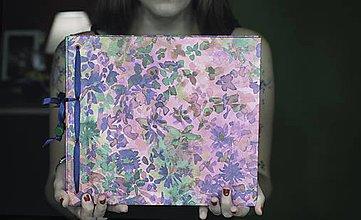 Papiernictvo - Fotoalbum klasický s potlačou abstraktných kvetín - 8335940_