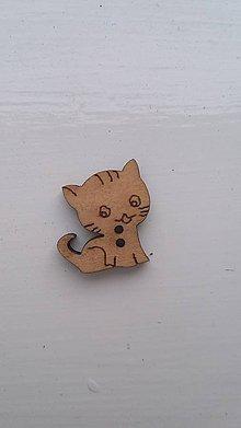 Galantéria - G115 Gombík drevený (mačička 1,8 x 1,8) - 8340026_