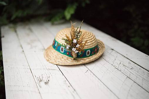 2d025157c Folk pierko za klobúk... na želanie / magaela - SAShE.sk - Handmade ...