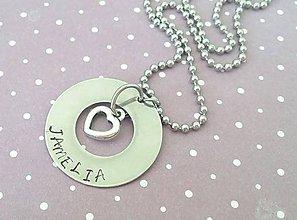 Náhrdelníky - náhrdelník s textom a srdiečkom - 8343989_