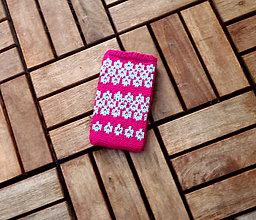Na mobil - Pletený obal na mobil cyklámenovo-mentolový - 8344310_