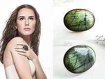 Prstene - Strieborný veľmi výrazný prsteň s labradoritom - Labradorisko - 8342454_