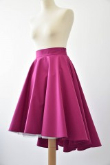 fuchsiová asymetrická kruhová sukňa