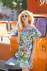 Kvetinové šaty offshoulder