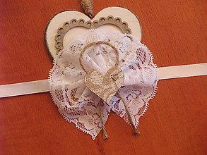 Náramky - Č. 51 čipkované náramky s jutou a srdcom - 8343637_