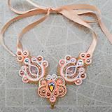 - Sujtášový náhrdelník