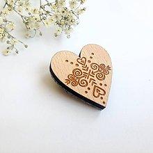 Odznaky/Brošne - Odznak srdiečko Čičmany svetlé - 8345635_