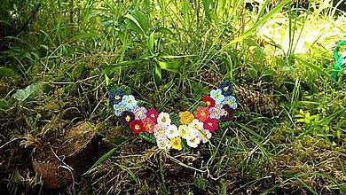 Náhrdelníky - Háčkovaný  náhrdelník z kvietkov - 8345531_