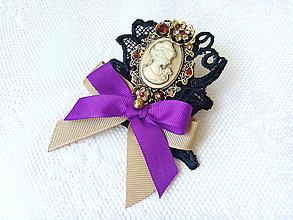 Odznaky/Brošne - Madame Eleanor (brooch) - 8349486_
