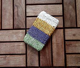 Na mobil - Pletený obal na mobil v tlmených tónoch - 8348766_
