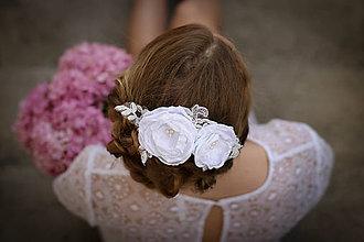 Ozdoby do vlasov - Biely romantický hrebienok - 8349018_