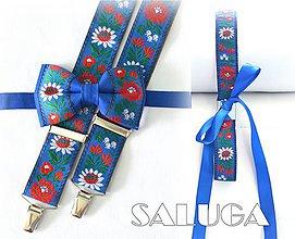 Doplnky - SET on a ona - Folklórny pánsky modrý motýlik a traky + dámsky folklórny opasok - ľudový - 8348829_