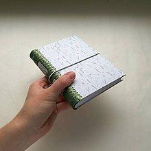 Papiernictvo - Zápisník A6 s koženým chrbtom - floral (light) - 8348135_