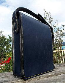 Na tablet - Kožená messenger brašna modrá - 8353290_