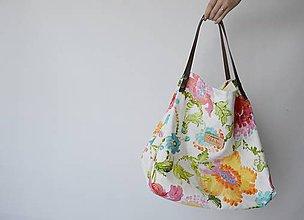 Kabelky - Veľká nákupná taška s maľovanými kvetmi - 8352879_