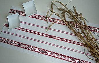 Úžitkový textil - Štóla Červená výšivka v pruhoch - 8352809_