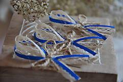 Svadobné pierko - kráľovská modrá