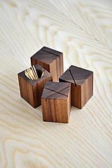 Nádoby - WALNUT OBJECT /soľnička z orechového dreva/ (Pre špáratká) - 8356939_