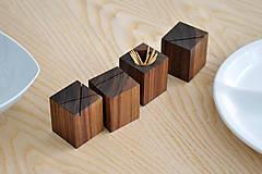 Nádoby - WALNUT OBJECT /soľnička z orechového dreva/ (Pre špáratká) - 8356943_