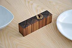 Nádoby - WALNUT OBJECT /soľnička z orechového dreva/ (Pre špáratká) - 8356944_