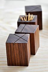 Nádoby - WALNUT OBJECT /soľnička z orechového dreva/ (Pre špáratká) - 8356945_