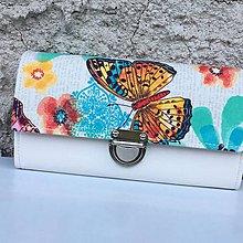 Peňaženky - Motýl v zahradě - peněženka - 8360892_