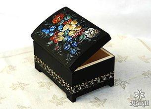 Krabičky - Drevená škatuľka I. - 8359433_