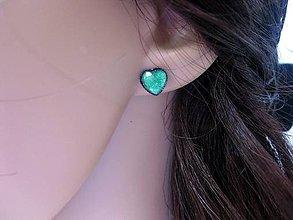 Náušnice - Srdiečka mini napichovačky - akrylové (Tmavo zelené  č.1053) - 8360225_