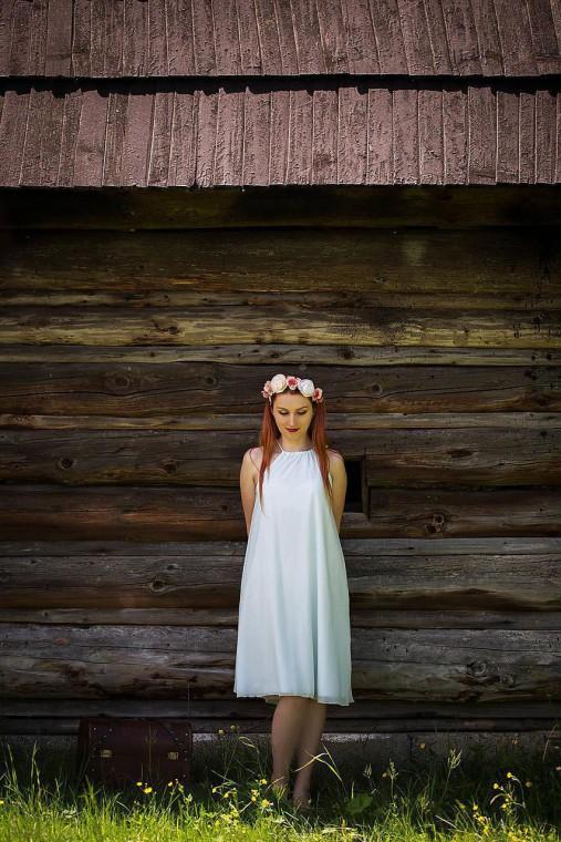 Jemné elegantné šaty