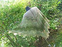 Šatky - Vůně sena - pletený šátek z ručně předené příze - 8367339_