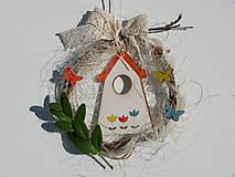Malý venček s domčekom a motýlikmi