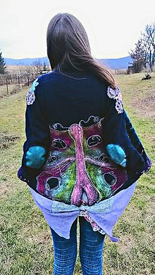 Kabáty - zimný motýľ - 8368953_