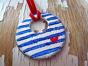 Náhrdelníky - maľovaný námornícky donut so ♥ - 8368745_