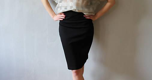 c62176d87e45 Čierna puzdrová sukňa s vysokým pásom   MiricaBonet Design - SAShE ...