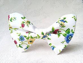 Náhrdelníky - Vintage bow tie - 8374219_